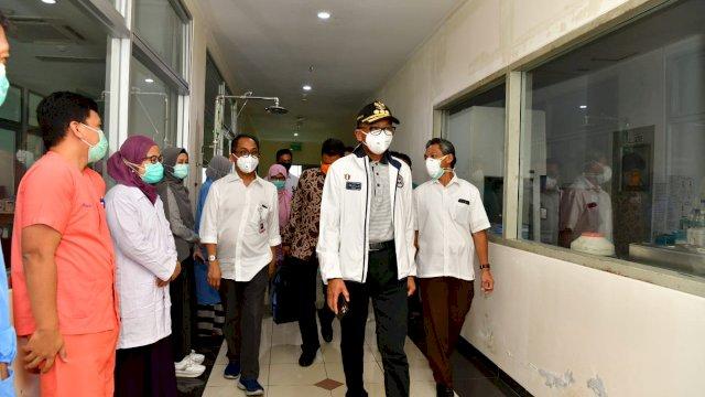 Prof. HM Nurdin Abdullah,memimpin langsung Gugus Tugas Percepatan Penanganan Coronavirus Disease (Covid-19).