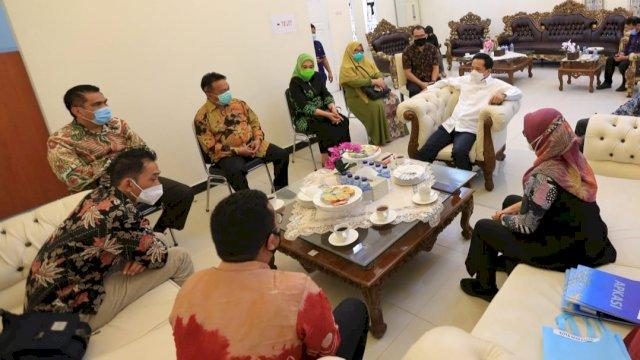 Kepala Sekolah se-Makassar akan Jalani Kursus Bahasa Inggris