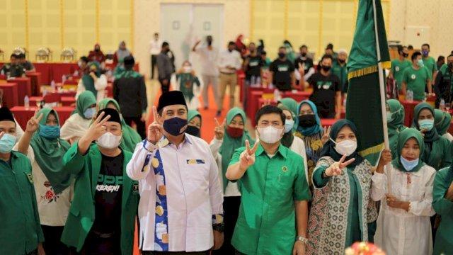 Dihadiri Chaidir Syam-Suhartina, Andi Etti Lantik Sayap Perempuan PPP Maros