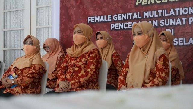 DWP Sulsel Gelar Webinar Sosialisasi Pencegahan FGM/C dan Pernikahan Anak Usia Dini