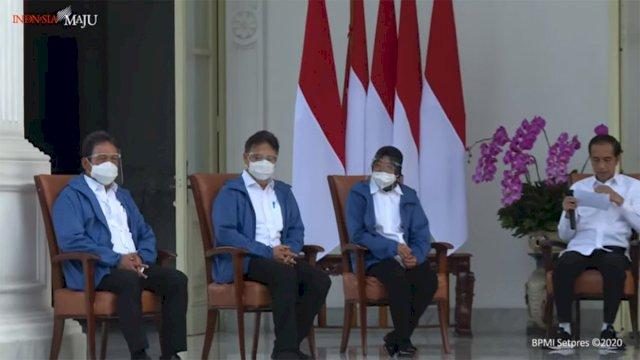 Ini Makna di Balik Kemeja Putih dan Jaket Biru yang Dipakai Menteri Baru Jokowi