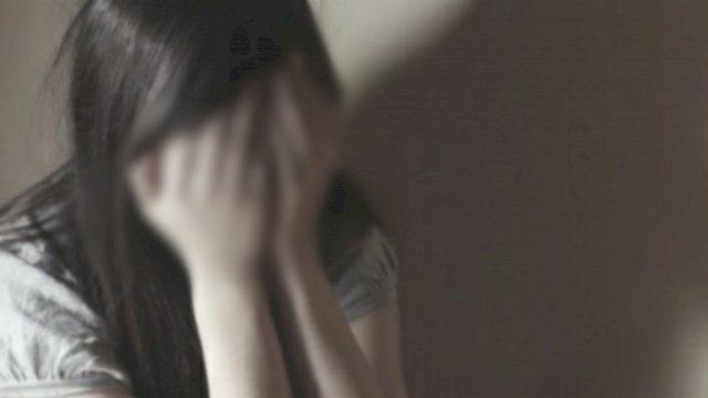 Ilustrasi Perempuan menutup wajah (net)