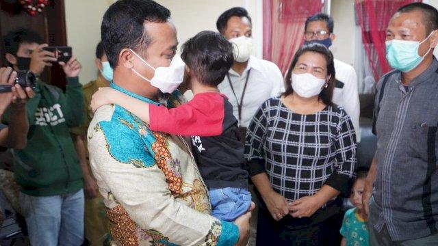 Wagub Sulsel Kunjungi Rumah Duka Korban Pesawat Jatuh Sriwijaya