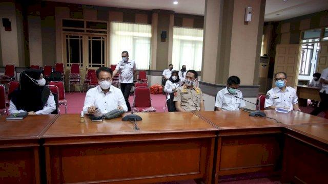 Sekprov Abdul Hayat Pimpin Rapat Tim Terpadu P4GN