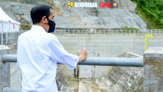 Pesan Jokowi Usai Resmikan Bendungan Tukul di Kampung Halaman SBY