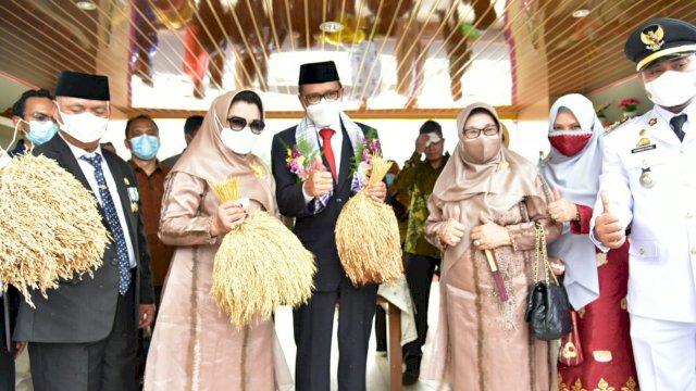 Nurdin Abdullah Takjub Lihat Hasil Bantuan Keuangan Daerah 2020 di Enrekang
