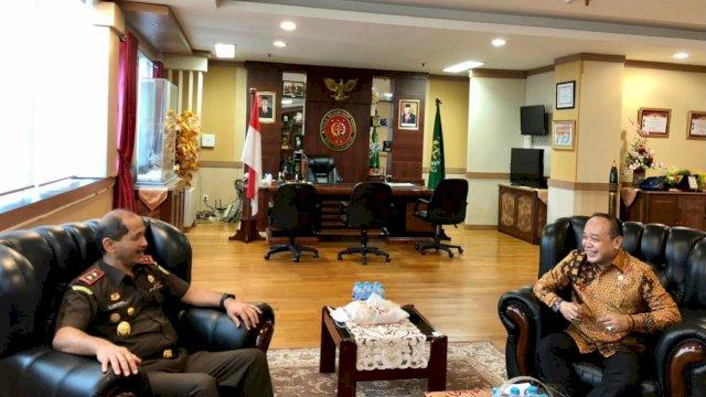 Mengawali Masa Reses, Anggota DPR RI Supriansa Kunjungi Kejaksaan Tinggi Sulsel
