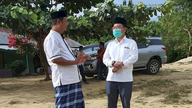 Cagub Sultra Bahtiar Maddatuang Kunjungi Pondok Pesantren Darul Ihsan Sultra