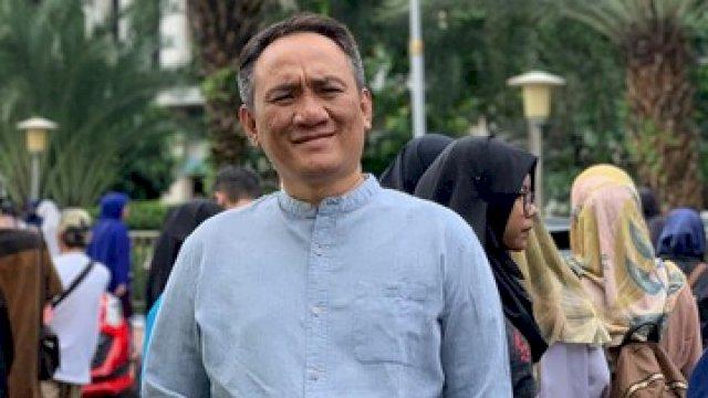 Akunnya Diretas, Andi Arief Kecam Twitter yang Bekerjasama dengan 'Kakak Pembina'