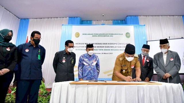 Plt Gubernur Sulsel Hadiri Deklarasi Pencanangan Pembangunan Zona Integritas PTTUN Makassar