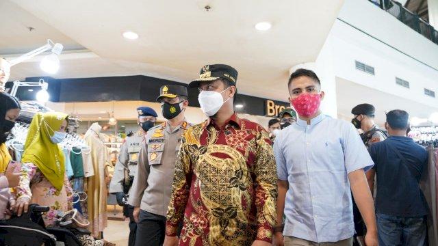 Jelang Lebaran, Plt Gubernur Sulsel Sidak Pasar dan Mall