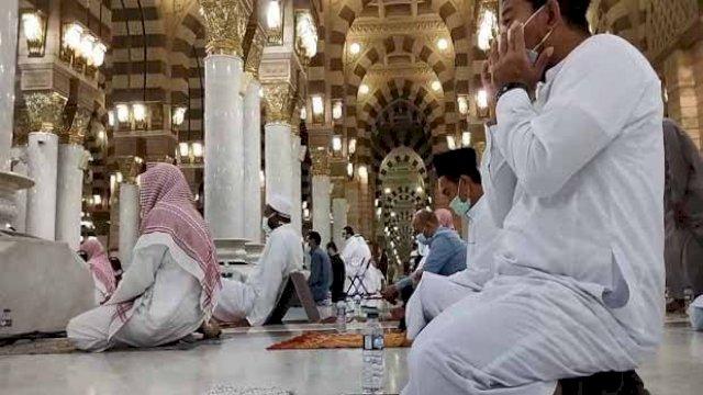 10 Amalan Terbaik dan Doa yang Dibaca Rasulullah di Akhir Puasa Ramadan