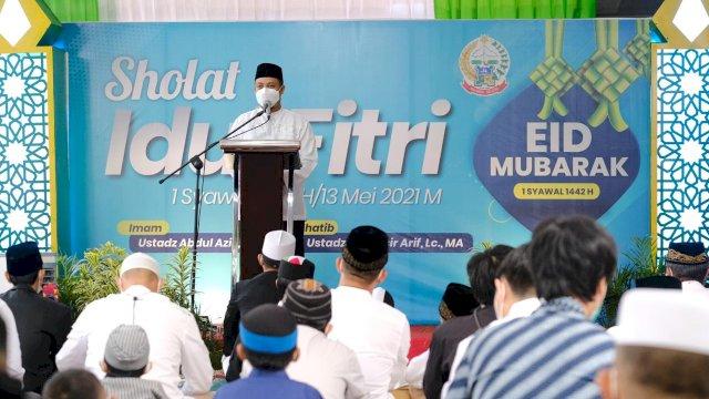 Plt Gubernur Sulsel Salat Eid di Rumah Jabatan Bersama Keluarga