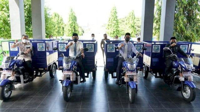 Bank Sulselbar sumbang 10 unit motor pengakut sampah untuk Kabupaten Bulukumba