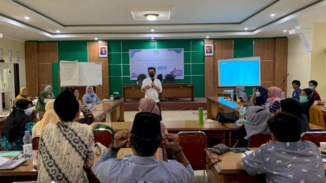 Pelatihan Riset angkatan kedua Lakpesdam NU Sulsel di Aula Kantor Balai Penelitian dan Pengembangan Agama Makassar, Sabtu-Senin, 5-7 Juni 2021