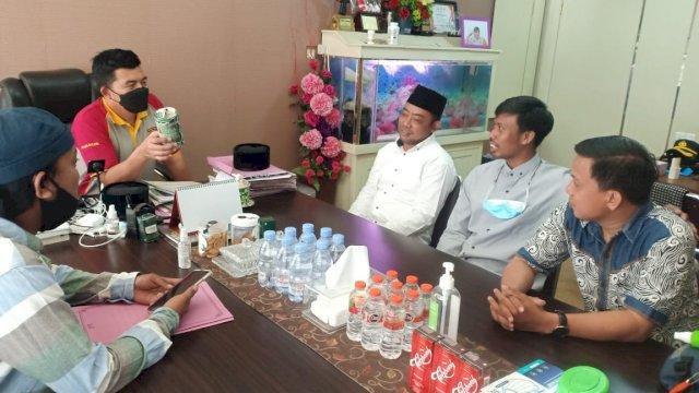 Pengurus Rumah Gurutta silaturahim dengan Kepala Kepolisian Resor (Polres) Pelabuhan Makassar AKBP Muhammad Kadarislam di Mapolres Pelabuhan, Jumat, 11 Juni 2021.