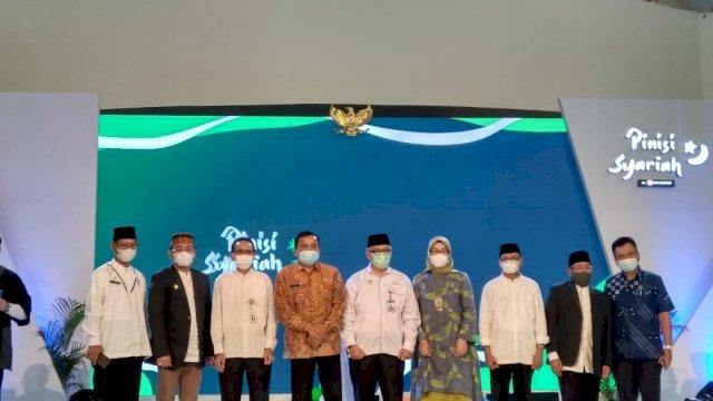 Bank Indonesia opening Pekan Bisnis dan Ekonomi (Phinisi) Syariah 2021 di Atrium Trans Studio Mall pada Jum'at 11 Juni 2021.
