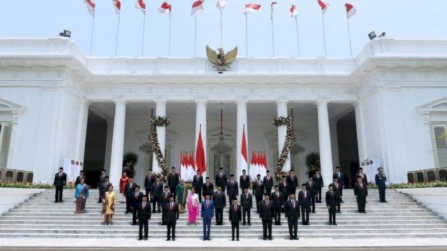 Foto Bersama Usai Pelantikan Kabinet Indonesia Maju pada tahun 2019