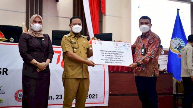 Seluruh Kepala Daerah di Sulsel Terima Bantuan Paket Sembako dari Bank Sulselbar