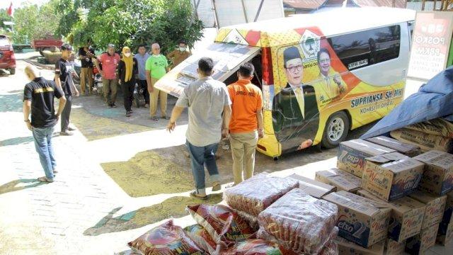 Anggota DPR RI Supriansa Gelontorkan Bantuan ke Warga terdampak banjir di Soppeng