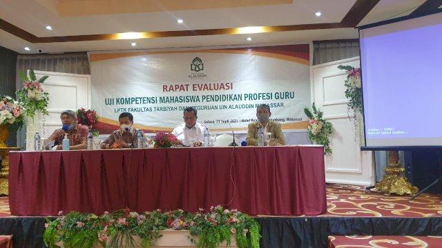 Rapat Evaluasi UKM PPG di Hotel Remcy, Panakkukang Makassar, Selasa, 21 September 2021.