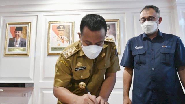 Pemprov Sulsel terima bantuan tabung oksigen dari PT Pupuk Kaltim, Senin, 6 September 2021.