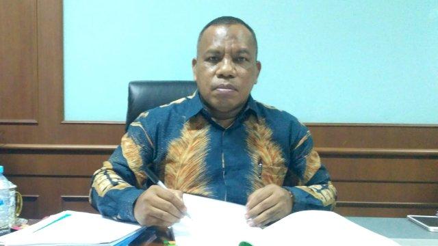 Kepala Biro Administrasi Umum, Perencanaan, dan Keuangan (AUPK) UIN Alauddin, Drs Alwan Suban M Ag