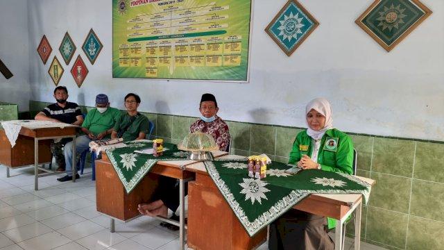 Plt Ketua PPP Soppeng, Andi Nurhidayati Zainuddin temui pengurus ormas Islam, Muhammadiyah, Sabtu, 11 September 2021.