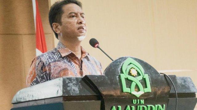 Rektor UIN Alauddin Makassar Prof Hamdan Juhannis membuka pembekalan Kuliah Kerja Nyata (KKN) Reguler Angkatan 66 dan 67 di Ruang Rapat Senat Lantai IV Gedung Rektorat, Rabu, 15 September 2021.