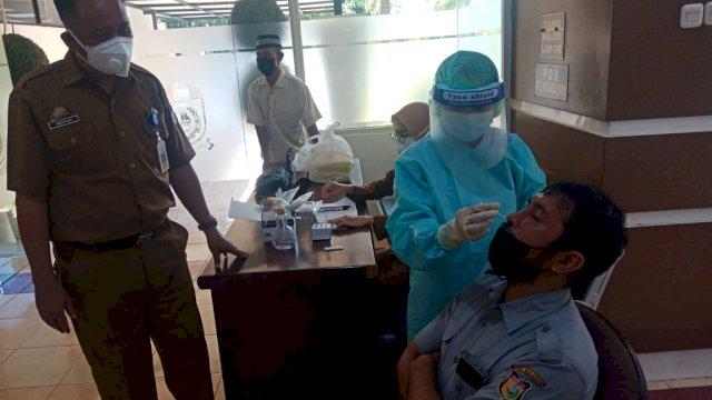 Sekretariat DPRD Makassar Sediakan Layanan Swab Test