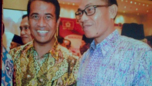 Ketua Dewan UKM Indonesia Irwan Wijaya bersama Andi Amran Sulaiman.