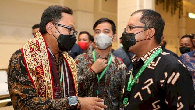 Tinjau Booth Makassar, Bima Arya-Gibran : Luar Biasa Persembahan Sang Inovator