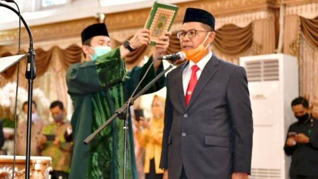 Foto : Prof Muhammad Jufri saat dilantik sebagai kapala dinas pendidikan Sulsel
