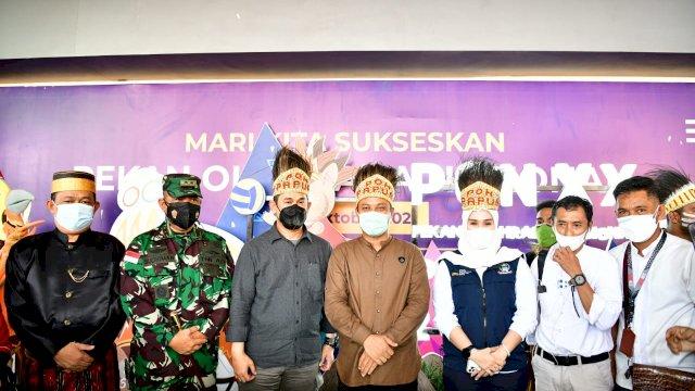 Plt Gubernur Sulsel Andi Sudirman Sulaiman dan Forkopimda Sulsel menghadiri pembukaan Pekan Olahraga Nasional (PON) XX Papua.